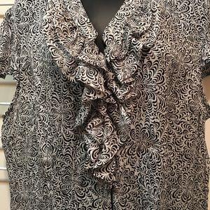 EUC Violet & Claire black and white blouse sz XL